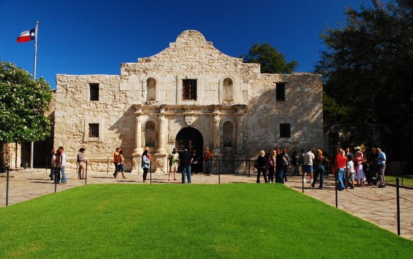 Mission San Antonio de Valero (The Alamo)